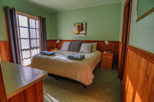 1 Bedroom Lodge with Spa   Self Contained | 1 Bedroom Lodge with Spa   Self Contained | 1 Bedroom Lodge with Spa | Self Contained | Mountain View Lodges | Halls Gap | Grampians National Park